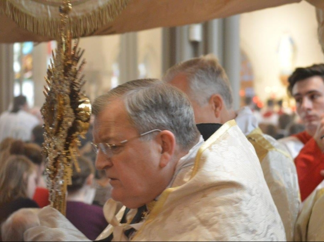 Cardinal Burke Processing with Blessed Sacrament